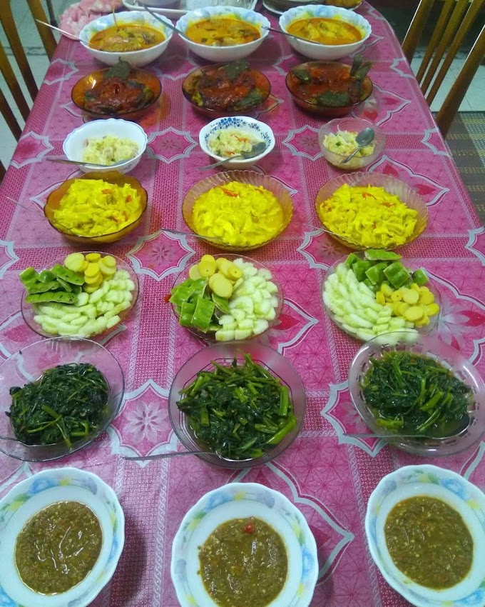Puas makan tengah hari di kampung