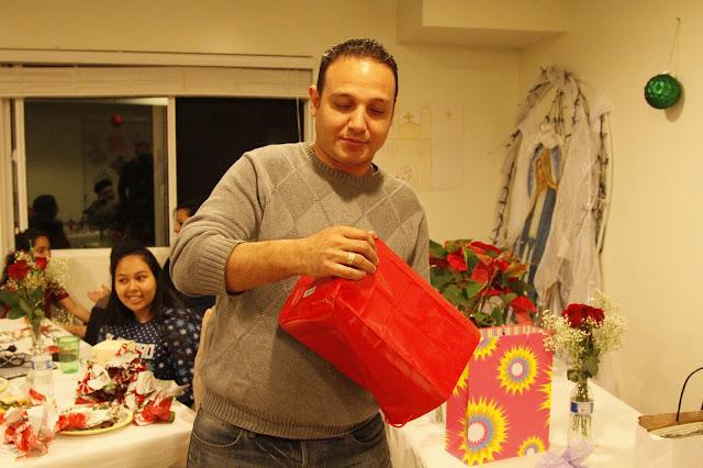 Servants Christmas Gift Exchange - _MG_0877.JPG
