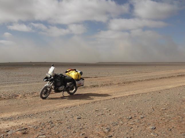 Marrocos e Mauritãnia a Queimar Pneu e Gasolina - Página 9 DSCF1085