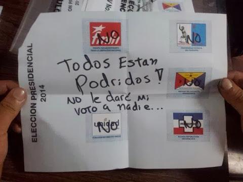 Imágenes curiosas de las elecciones El Salvador 2014