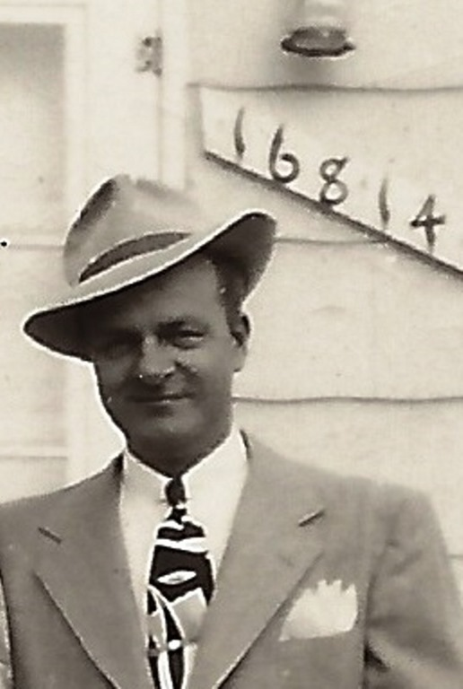 [GOULD_H+Norman+in+a+hat+in+from+of+16814+Winston_1950_DetroitMI%5B7%5D]