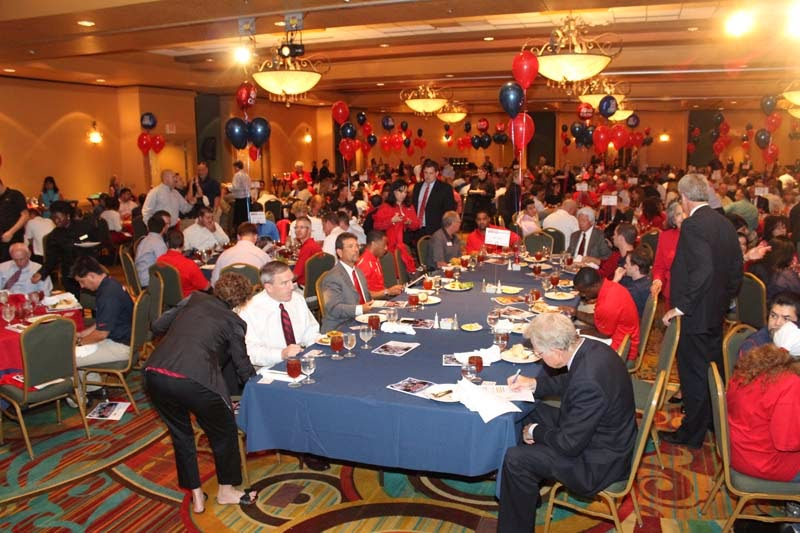 2013 UA Athletics Luncheon - IMG_1253.jpg