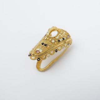 22K Gold & Stone V Ring