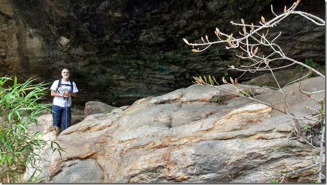 gruta-do-presidente-trilha-veu-da-noiva-parnaso-petropolis