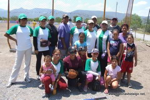 Equipo Club Sertoma femenil de softbol