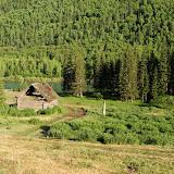 Au bord de la Katun, dans l'Altaï, juillet 2008. Photo : Psamtik
