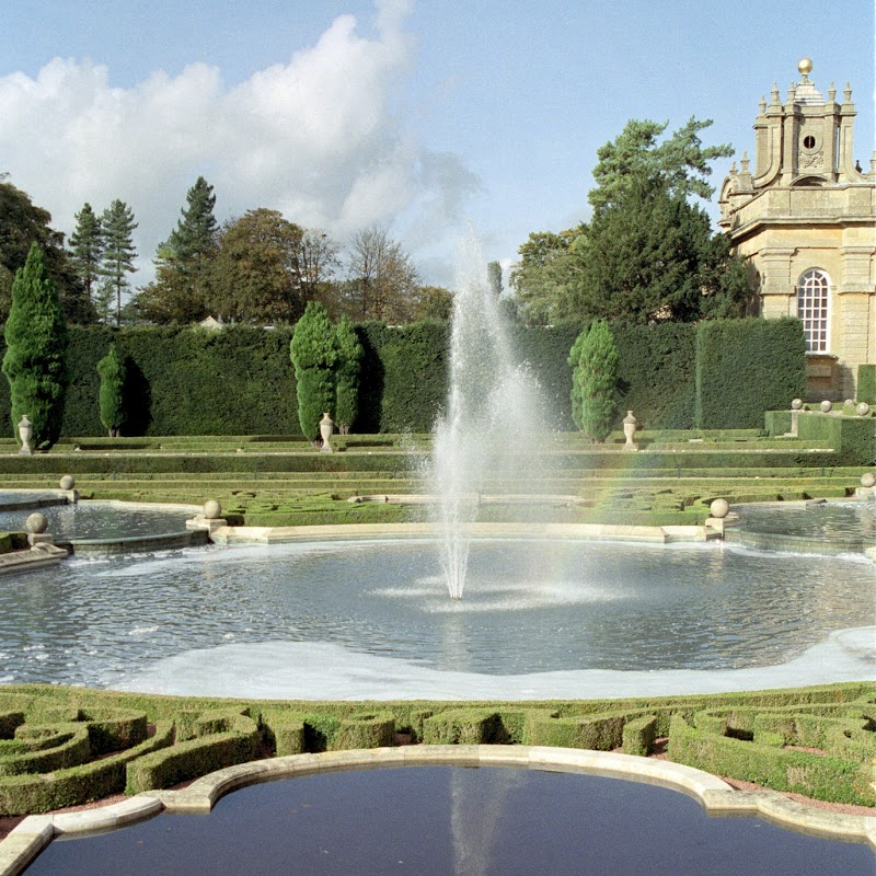 Blenheim_14 Fountain.jpg