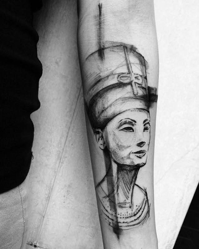 este_elegante_nefertiti_esboço_estilo_de_tatuagem