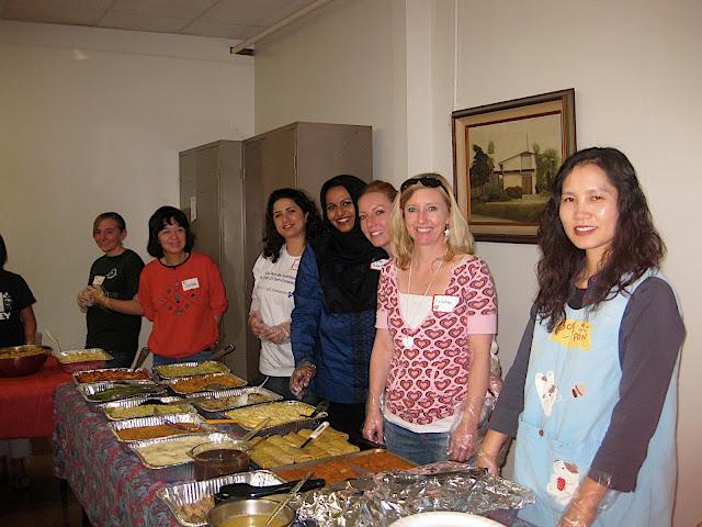 2010 Feeding the Homeless - Walteria - IMG_3131.JPG