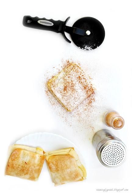 bougatsa large Cream Bougatsa