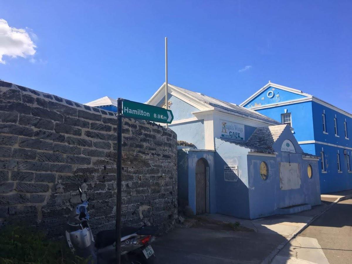 バミューダのカラフルな街並み