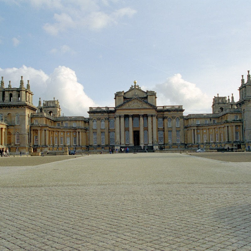 Blenheim_04 Palace.jpg