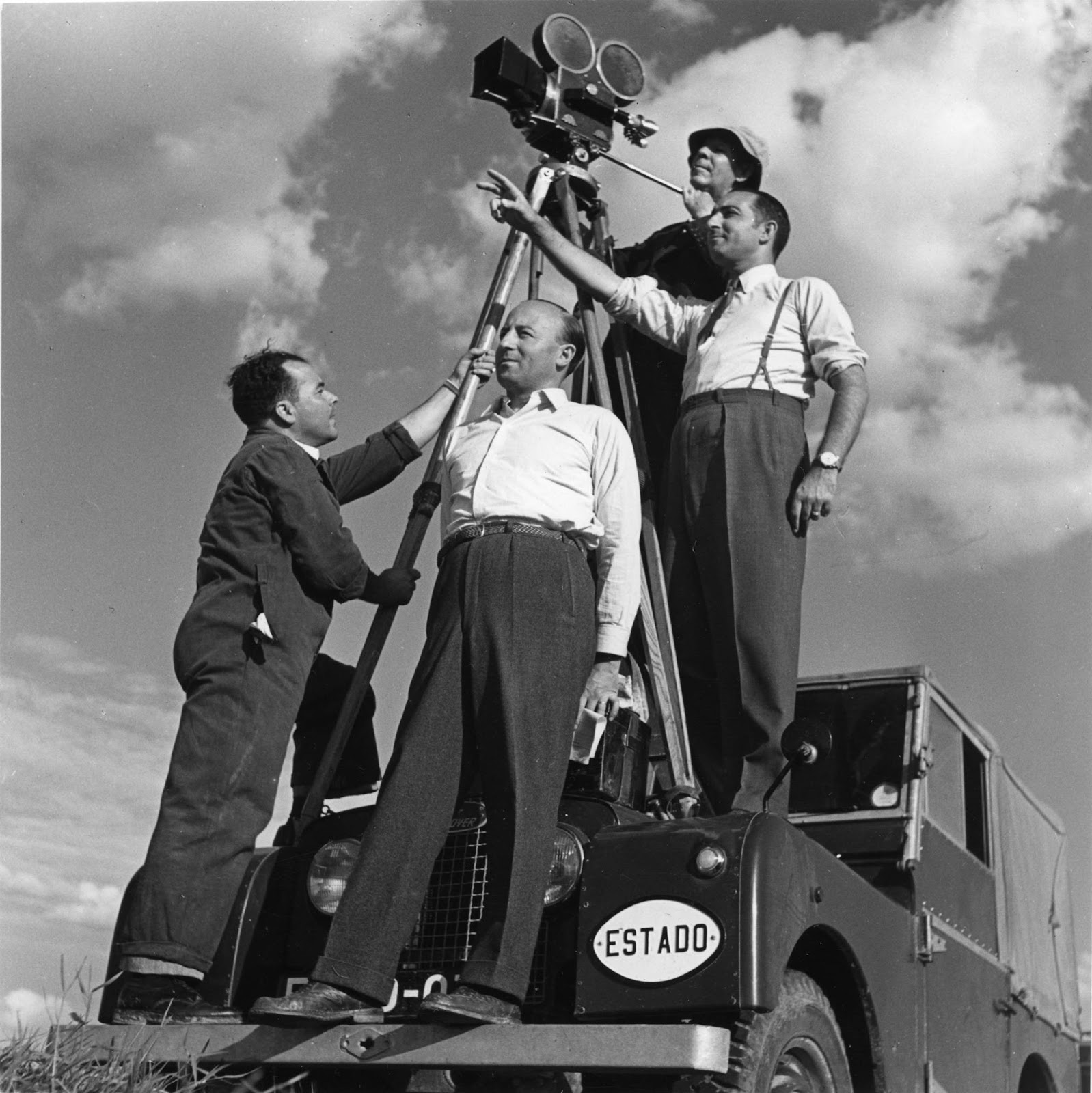 [1953-Equipa-da-filmagem-da-pelcula-s%5B4%5D]