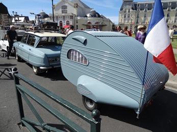 201706.04-031 Citroën Ami 6 et sa remorque