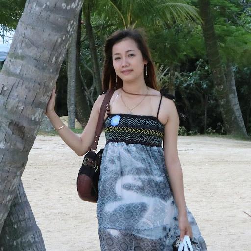 Tina Truong Photo 20