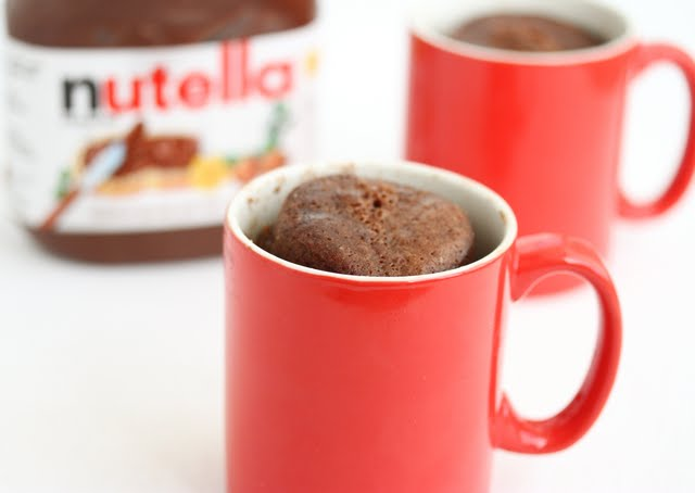 The Nutella Flavor Really Comes Through In This Cake Like All My Other Microwave Mug Cakes It S Super Easy To Make Mix Everything One Cup