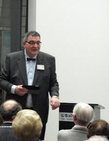Bart Cras, voorzitter van de projectgroep Stolpersteine in Enschede.