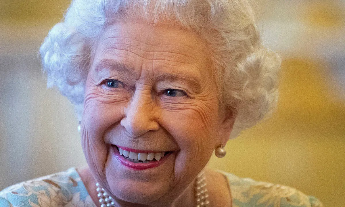The Queen's Sweet Words of Encouragement During Video call with Young Leaders