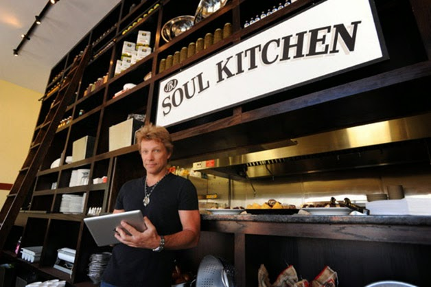 Jon Bon Jovi cria restaurante comunitário onde as pessoas pagam como podem