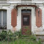 Rue de la Chapelle Saint-Blaise : maison abandonnée