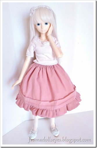 After the petticoat, Hikaru's skirt is suddenly much fuller looking and poufier.