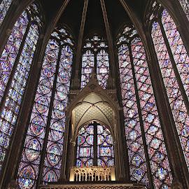 Sainte Chapelle by Dobrin Anca - Instagram & Mobile iPhone ( paris, prayer, church, green, street,  )