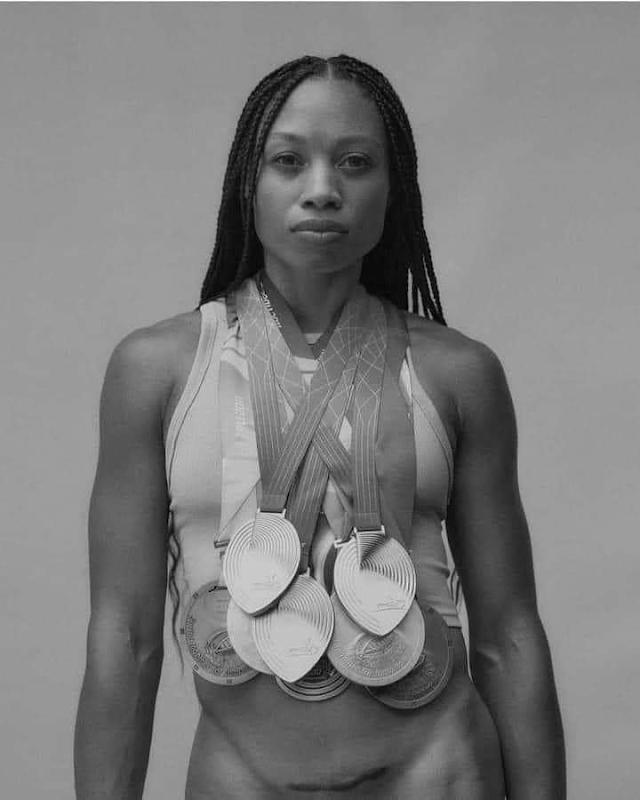 Una atleta que La Marca de Nike la rechazo por estar embarazada vuelve con su cicatriz de cesárea ahora utilizando su propia marca