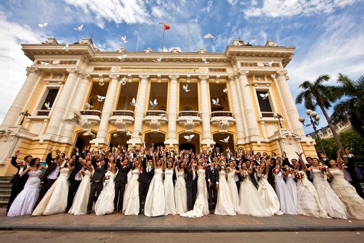 Vietnam group wedding in Saigon