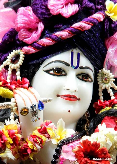 ISKCON Juhu Sringar Deity Darshan 05 Mar 2016 (4)