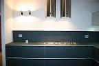 cappe tonde acciaio e cucina in vetro temperato Artematica Vitrum Valcucine 3.jpg
