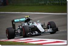 Nico Rosberg ha conquistato la pole del gran premio di Cina 2016