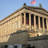 4. den Pergamonmuseum Alexanderplatz