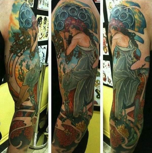 coloridas_tattoo_design_de_uma_mulher_mostrando_as_diferentes_ngulos