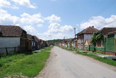 Das Siebenbürger Straßendorf Retis