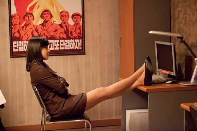 [Oldies Goodies] Sexy Slim Legs of Ha Ji Won are Stunning
