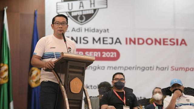 Ridwan Kamil – Ustaz Adi Hidayat Adu Skill Pingpong  di UAH Super Series 2021