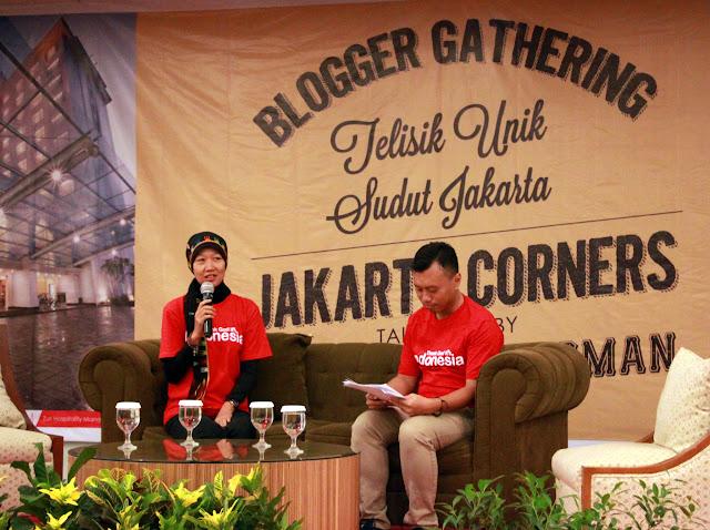 Donna Imelda sedang memperkenalkan Jakarta Corners