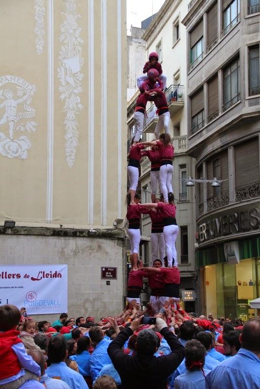 Actuació 20è Aniversari Castellers de Lleida Paeria 11-04-15 - IMG_8862.jpg