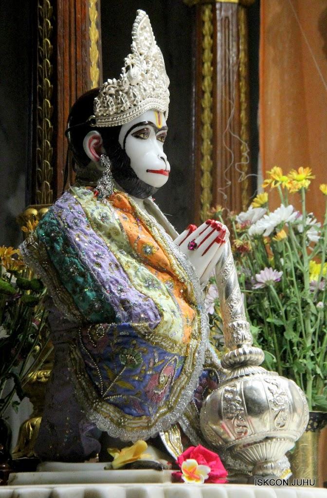ISKCON Juhu Mangal Deity Darshan on 29th April 2016  (9)