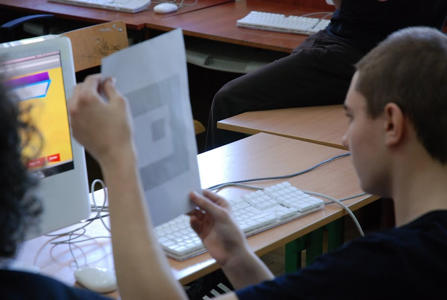Warsztaty dla uczniów gimnazjum, blok 5 18-05-2012 - DSC_0168.JPG