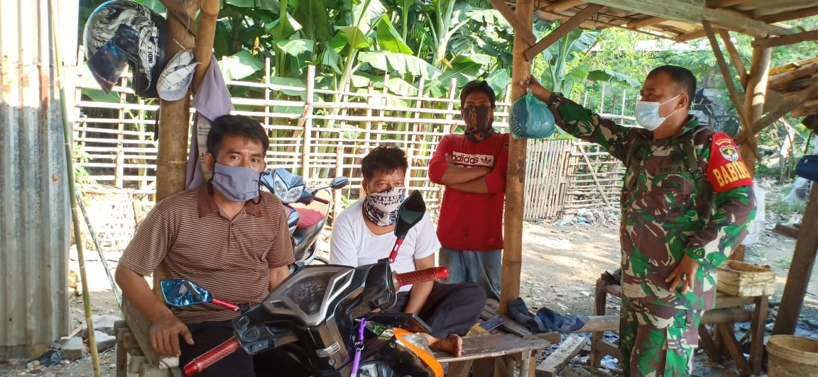 Babinsa Kelurahan Gandasari Komsos bahas dampak Covid-19