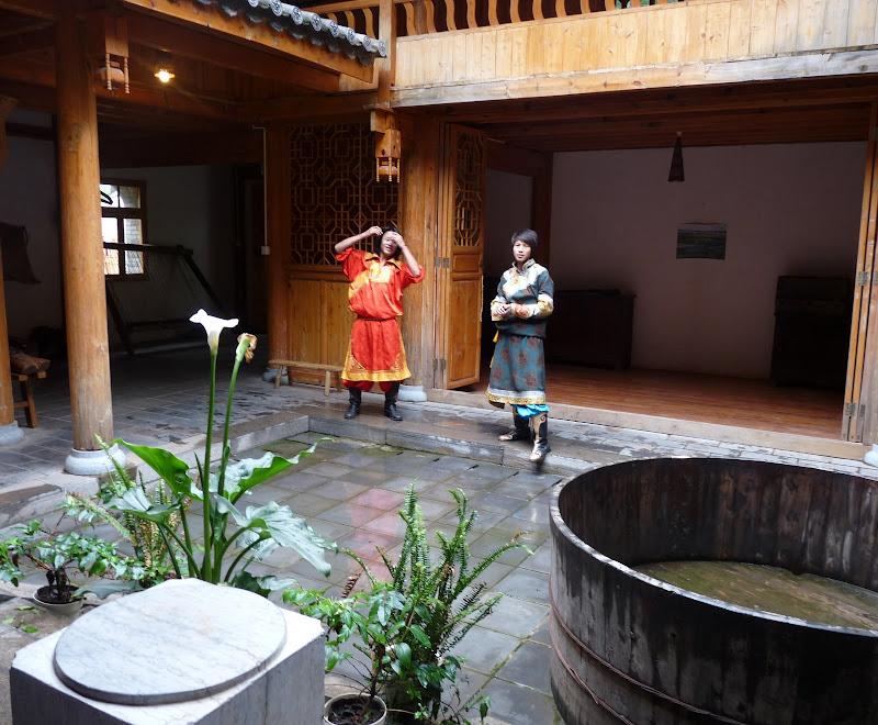 CHINE.YUNNAN.KUN MING Village des minorités 2 - P1270620.JPG