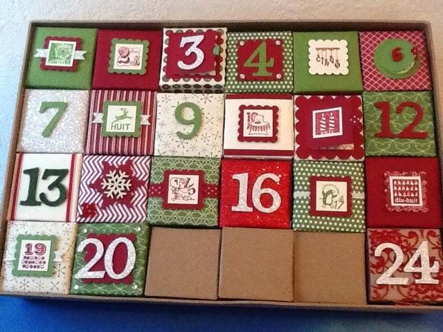 Ancolies favorite scrap nouveau calendrier de l 39 avent en rouge et vert - Calendrier de l avant homme ...