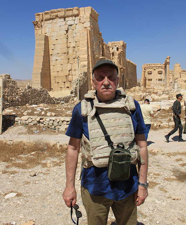 Виктор Мураховский (в Сирии) siriya0919-058.jpg