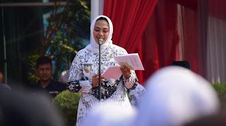 Perayaan HUT PGRI di Karawang