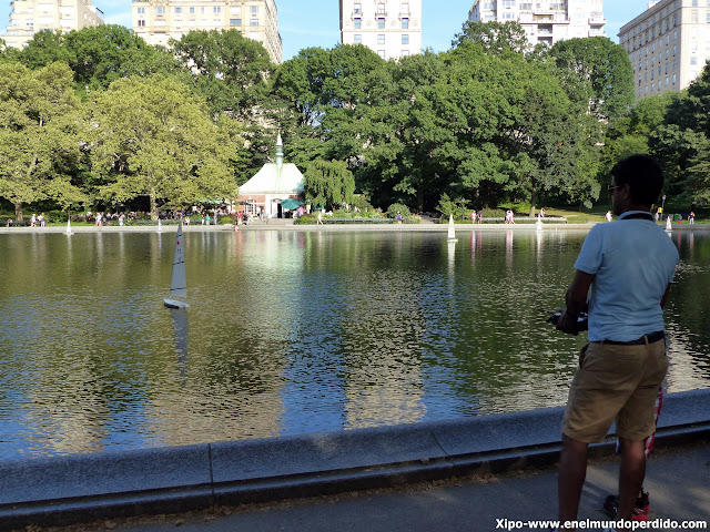 conservatory-water-central-park.JPG