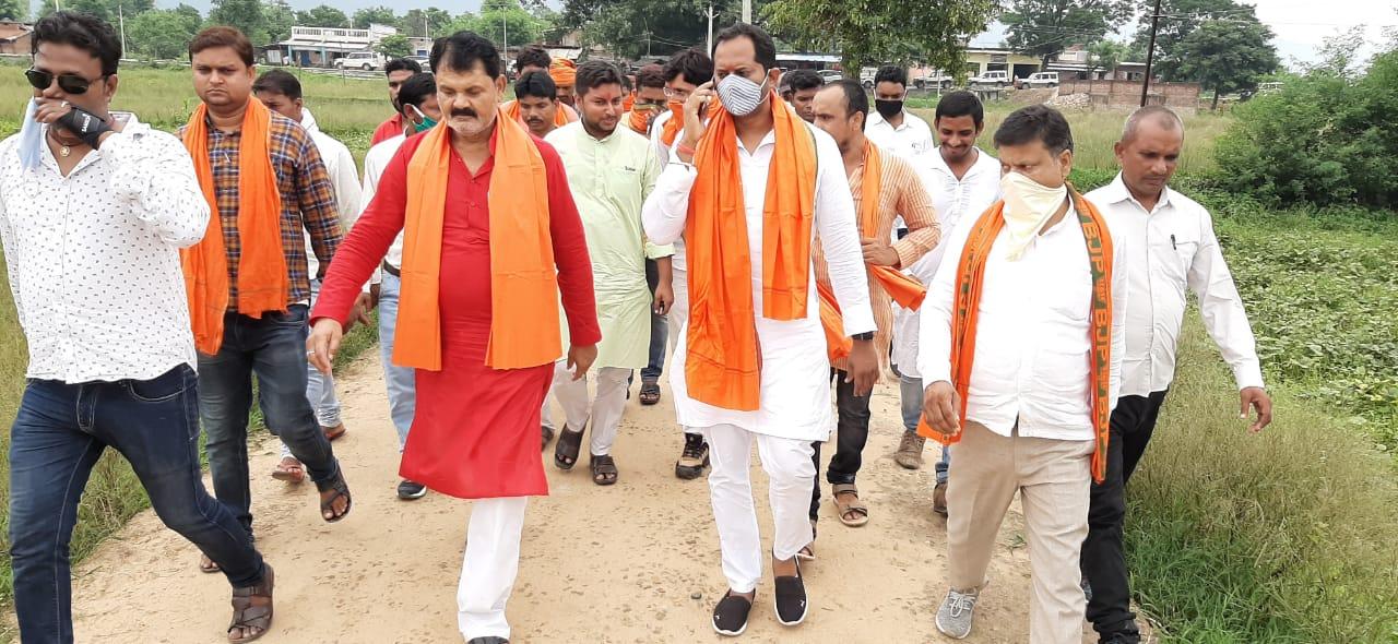 सासाराम भाजपा सांसद छेदी पासवान के पुत्र रवि पासवान ने चेनारी विधानसभा क्षेत्र में अपनी गतिविधि बढ़ा दी हैं।