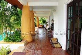 AHP3194_balinesische_Villa_(11).jpg