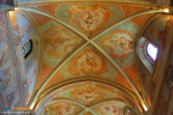 Kościół cystersów pw. Świętego Floriana w Wąchocku