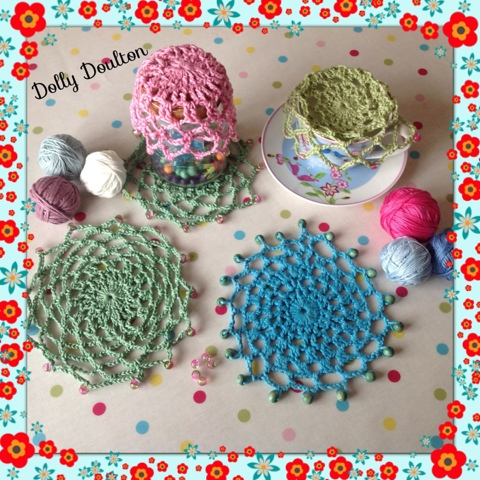 Free Crochet Patterns For Jug Covers : Daydreaming with Dolly: Daydreamers beaded jug cover ...